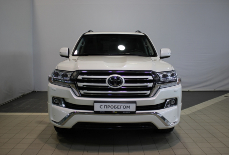 Toyota Land Cruiser 200 2016 года с пробегом 85 897 км, фото 2